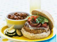 Burger mit Schweinefleisch, Zwiebeln und Avocado Rezept