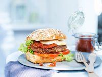 Burger mit Zwiebelsauce Rezept