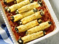 Cannelloni mit Spinatfüllung und Tomatensauce Rezept