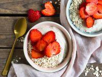 Cashew-Mousse mit Erdbeeren Rezept