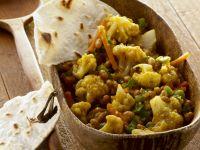 Chakalaka-Salat aus Südafrika mit Fladenbrot Rezept