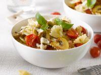 Champignon-Nudeln mit Tomaten und Basilikum Rezept