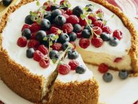 Cheesecake mit Beeren, Brownie Strawberry Cake (USA) Rezept
