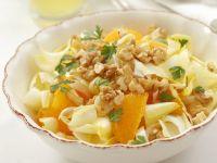 Chicorée-Orangen-Salat mit Walnüssen Rezept