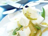 Chicoréesalat mit Schafskäse und Birne Rezept