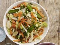 Chinakohlsalat mit Möhren Rezept