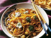 Chinesische Eiernudeln mit Meeresfrüchten Rezept
