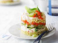 Couscous-Türmchen mit Gemüse und Käsecreme