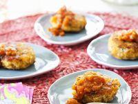 Crab Cakes mit würziger Soße Rezept