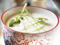 Cremige Blumenkohlsuppe mit Kohlrabi Rezept