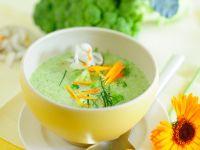 Cremige Brokkoli-Kokos-Suppe Rezept