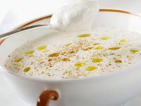 Cremige Lauchsuppe mit Muskatnuss und Soja Rezept