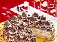 Cremige Mandel-Nougat-Torte Rezept