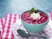 Cremige Rote-Rüben-Suppe mit Meerrettich Rezept