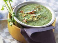 Cremige Spinatsuppe mit Hähnchen und Pilzen Rezept