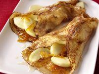 Crêpes mit Äpfeln und Orangenmarmelade Rezept