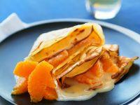 Crepes mit Vanillesauce und Orangenfilets Rezept