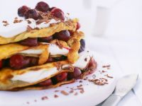 Crêpes-Torte auf Schwarzwälder Art Rezept