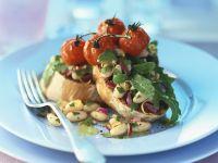 Crostini mit Bohnen und gegrillten Tomaten Rezept