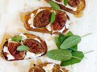 Crostini mit Käse und Feigen Rezept