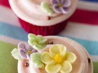 Cupcakes mit Blüten Rezept