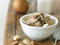 Dinkelflakes mit Birne und Mandelmilch Rezept