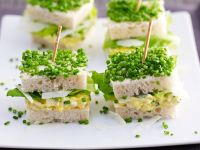 Eiersalatsandwiches mit Schnittlauch Rezept