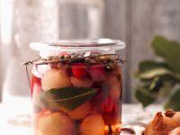 Eingelegte Perlzwiebeln mit Cranberries Rezept