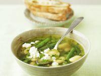 Eintopf mit grünen und weißen Bohnen Rezept