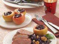 Entenbraten mit Rotkraut und Bratapfel Rezept
