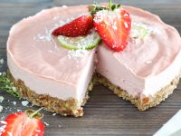 Erdbeer-Creme-Torte ohne Backen