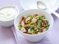 Erbsen-Surimi-Salat mit Dill Rezept