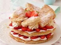Erdbeer-Creme-Torte mit Blätterteig Rezept