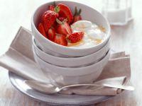 Erdbeeren mit Quarkcreme und Honig Rezept