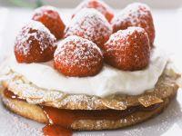 Erdbeertörtchen mit Mandeln Rezept