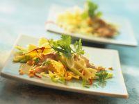 Farfalle-Salat mit Erdnuss-Dressing Rezept