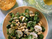 Feldsalat mit Bohnen und Champignons Rezept