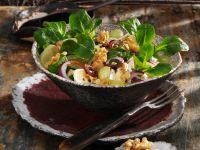 Feldsalat mit Camembert und Trauben Rezept