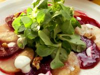 Feldsalat mit Gemüse Rezept