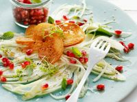 Fenchelsalat mit Sesam und Granatapfel Rezept