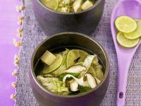 Feurige Limettensuppe mit Pilzen und Tofu Rezept
