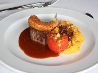 Filet vom Rind auf Sherry-Jus, Garnele im Sardinenmantel Rezept