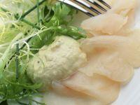 Fischcarpaccio mit Avocadocreme Rezept