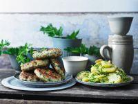 Fischpuffer mit Salat Rezept