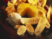 Flambiertes Obst mit Eis Rezept