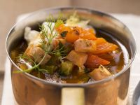 Fleisch-Gemüse-Topf (Soljanka) Rezept