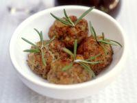 Fleischbällchen mit Kräutern Rezept
