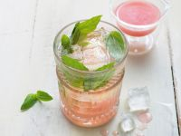 Fresh-Pink-Drink Rezept