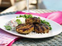 Frikadellen aus Lammfleisch nach indischer Art mit Gemüsedip Rezept