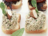 Frischkäse-Nuss-Toasts Rezept